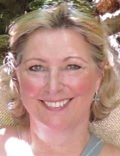 Sarah Wyatt | Family & Funeral Celebrant