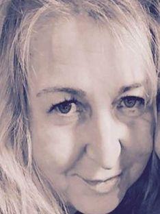 Ceri Tolley | Family & Funeral Celebrant