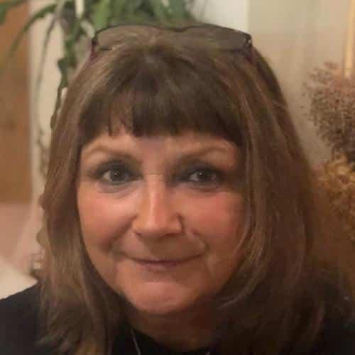 Kay Hamilton | Family & Funeral Celebrant