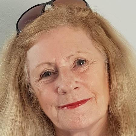 Gerri (Geraldine) Webb  | Family Celebrant