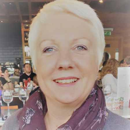 Lisa Whitmore | Wedding & Funeral Celebrant