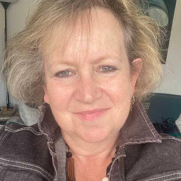 Jill Bennett | Funeral Celebrant